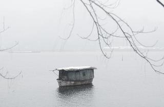 雪落三江口