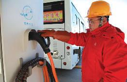 鄂爾多斯市秉承綠色發展理念 大力推廣純電動公交車