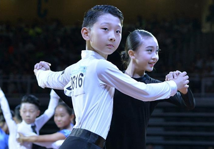 內蒙古國際標準舞全國公開賽在呼和浩特開賽