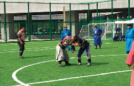鄂爾多斯市首屆全民健身大會在市體育中心開幕