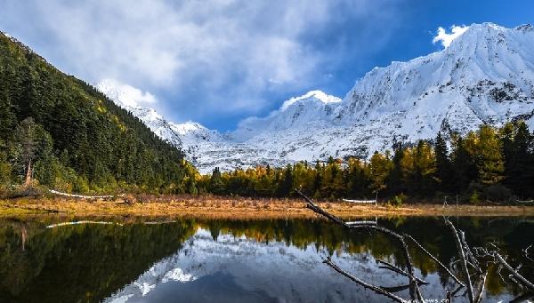 鳥瞰西藏朗秋