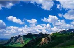 呼和浩特市持续对大青山自然保护区内关停矿区进行监督检查