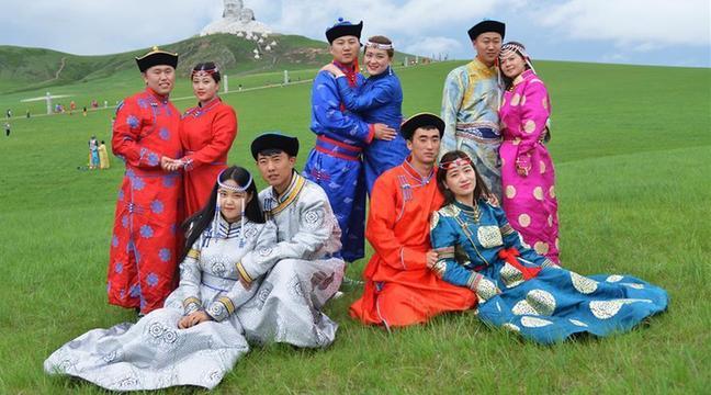 內蒙古霍林郭勒舉行草原婚禮節