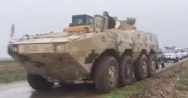 洪灾之下内蒙古开启装甲救灾模式
