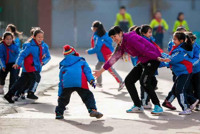 傳統遊戲進校園 冬日健身樂翻天