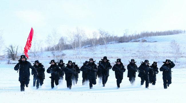 -35℃ 移民警察雪域礪兵