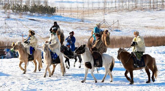 內蒙古呼倫貝爾:草原冰雪旅遊引遊人