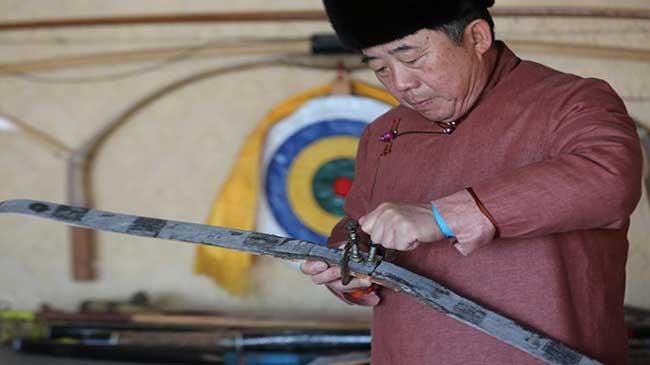 蒙古族牛角弓 風勁角弓鳴