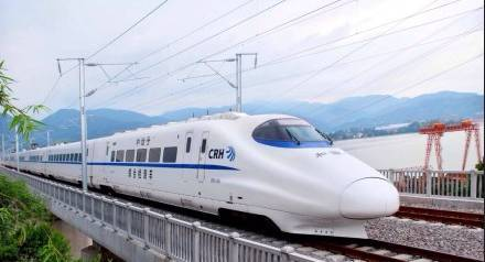 草原鐵路10月11日起實施新運行圖