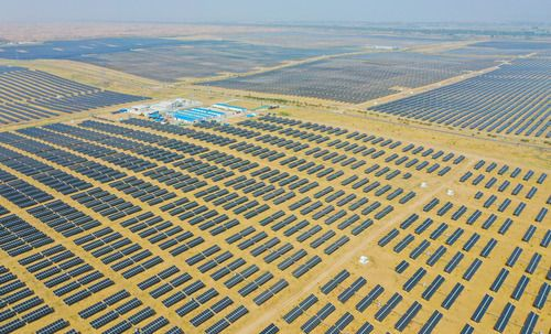 """助力""""雙碳""""目標 內蒙古加速建設風光大基地"""